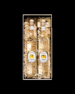 Nr. 11 - Die traditionellen Zwei Geschenkpaket von Prinz mit je einer 0,5-Liter-Flasche Williams-Birnen Schnaps und Marillen Schnaps verpackt in schöner Geschenkschachtel.