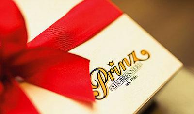 Freude schenken mit Genuss-Geschenken der Fein-Brennerei Prinz